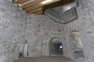 Sala de armas del Castillo de la Coracera